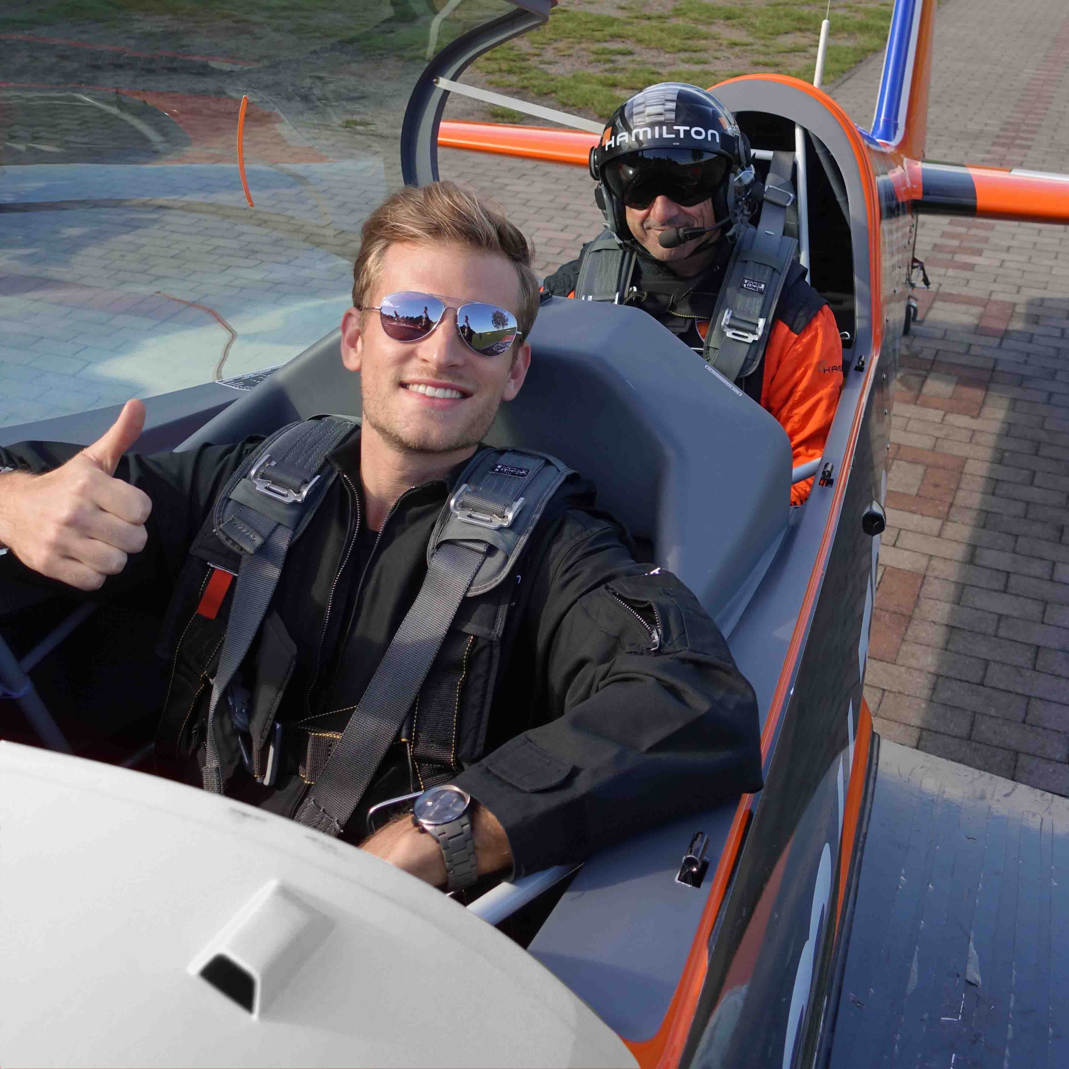 first time flying aerobatics