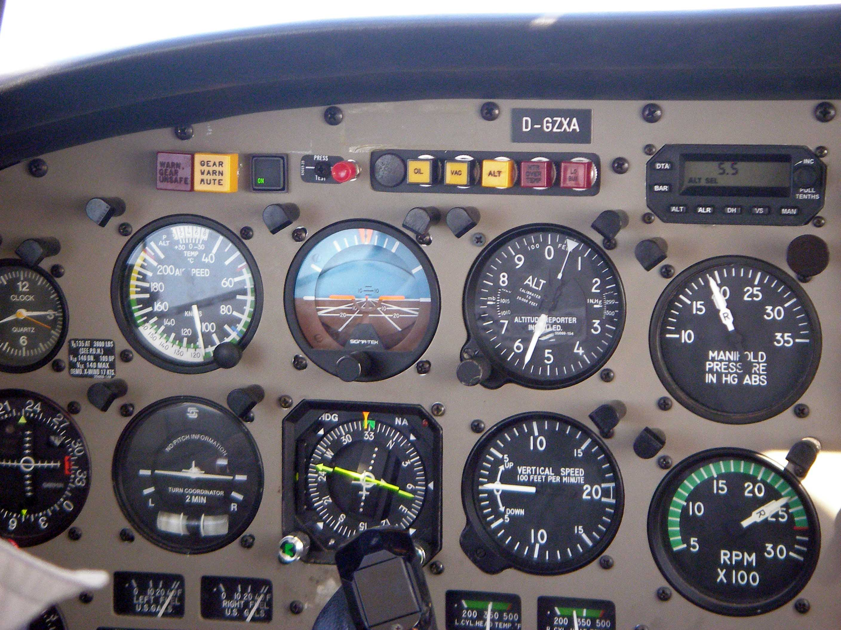 PA44 instruments how i became a pilot