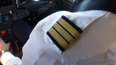 cockpit, gold, stripes, epaulettes, pilot patrick, pilotpatric, uniform
