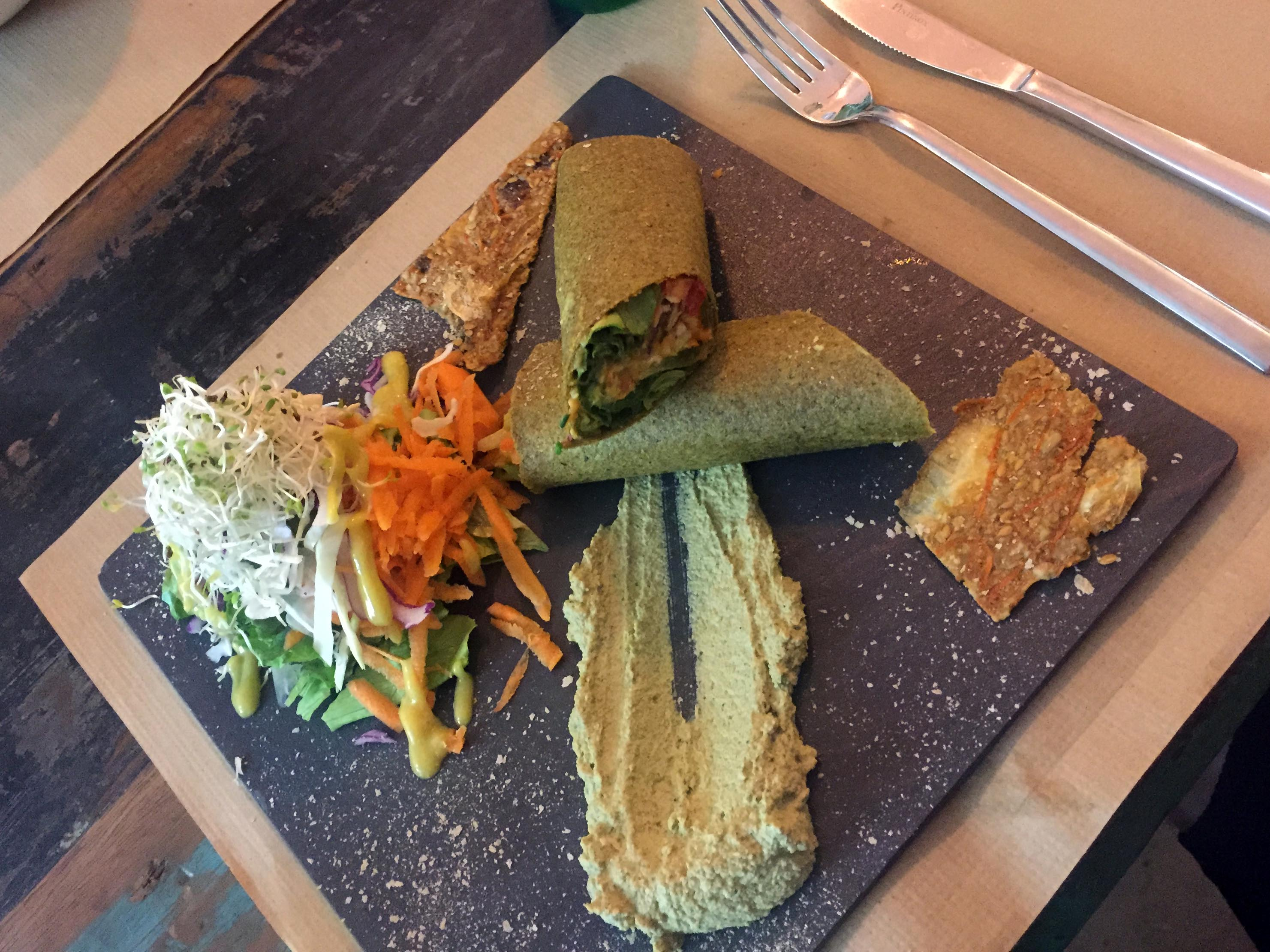 healthy clean raw food in El Born Barcelona